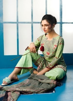Arisha Chowdary Lawn Collection 2018 01