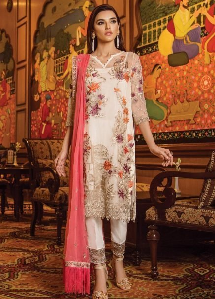 serene-premium-embroidered-festive-2019-collection-foire-de-enchante-07-floral-tale-_1