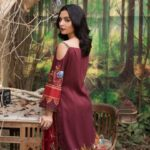Maira Ahsan Embroidered Linen Palachi Collection 01b