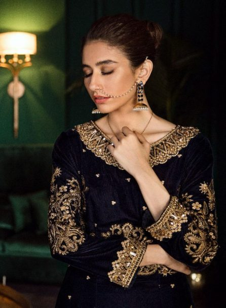 Iznik Luxury Velvet Unstitched 3 Pcs Collection 2020 - Winter Collection ILV-05 Midnight