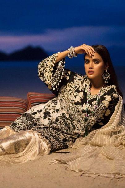 Sana Safinaz Luxury Lawn Unstitched 3 Piece Suit SSLL20-010A Lawn Collection