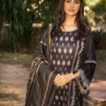 Sobia-Nazir-Winter-Shawl-Collection-2020-02A-02
