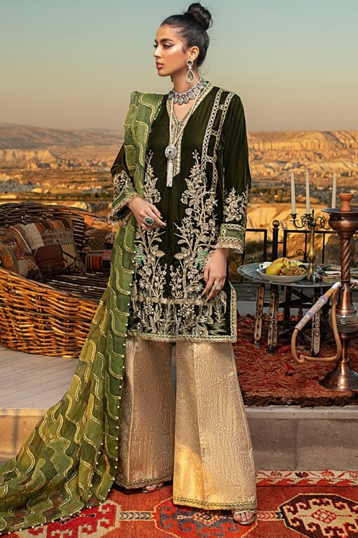 Mushq Winter Sky Embroidered Velvet Unstitched 3 Piece Suit 2020 02 Jadesheen – Winter Collection