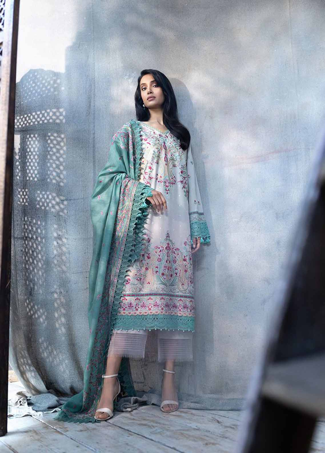 Sobia Nazir Embroidered Silk Karandi Suit Unstitched 3 Piece 01B – Autumn/Winter Collection