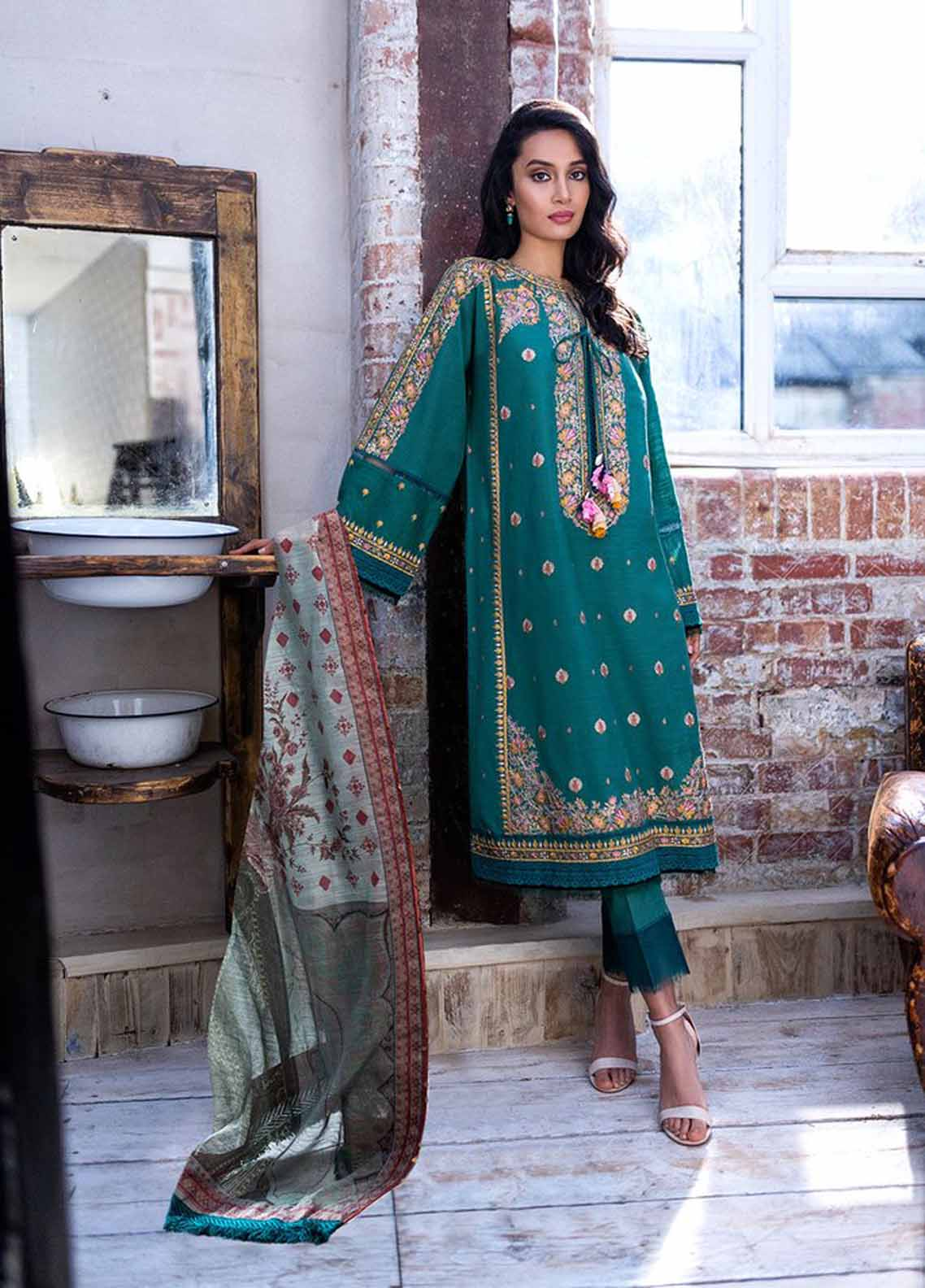Sobia Nazir Embroidered Khaddar Suit Unstitched 3 Piece 04B – Autumn/Winter Collection